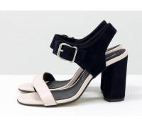 Стильные женские босоножки на каблуке, из итальянской кожи пудрового цвета и замши синего цвета, на устойчивом невысоком обтяжном каблуке. Новая коллекция от Gino Figini, С-1951-02