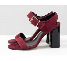 Универсальные женские босоножки на каблуке, из итальянской замши-велюр бордового цвета, на устойчивом невысоком каблуке. Новая коллекция от Gino Figini, С-1951-03