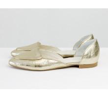 Облегченные кожаные туфли-лодочки золотого цвета, с удлиненным носиком на низком ходу,  Д-24-37