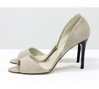 Удобные легкие туфли с открытым носиком из натуральной замши светло-бежевого цвета на высокой черной шпильке, Летняя коллекция от Gino Figini, С-704-34