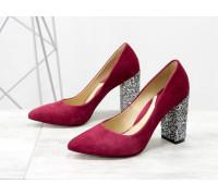 Женские туфли классического кроя, из итальянской замши бордового цвета, на устойчивом каблуке с серебряными блестками, Новая дизайнерская коллекция от Gino Figini, Д-35-01