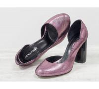 """Классические туфли из эксклюзивной натуральной кожи розового цвета """"Disco"""", на устойчивом глянцевом каблуке с геометрическим рисунком, Лимитированная серия, Т-17423/1-06"""