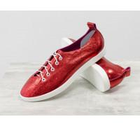 """Невероятно легкие туфли-кеды из натуральной кожи ярко-красного цвета """"блеск""""на белой эластичной подошве и белой шнуровке , Т-17412-09"""