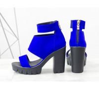 """Яркие босоножки из натуральной замши цвета """"синий электрик"""" на высоком удобном каблуке, Коллекция Весна-Лето, С-500-10"""