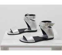 Легкие босоножки из натуральной кожи серебряного цвета, на низком ходу, Коллекция Весна-Лето от Джино Фиджини, С-600-19