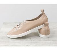 Легкие туфли на шнуровке из натуральной кожи пудрового цвета с лазерным напылением на белой эластичной подошве, Т-17412-12
