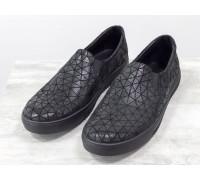 Мокасины из черной кожи с серебряными треугольниками, на практичной черной подошве. Возможно заказать как стиль Family look, Новая коллекция от  Gino Figini,  М-2-03
