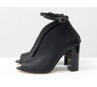 Дизайнерские туфли с открытым носиком из натуральной гладкой кожи черного цвета, на устойчивом обтяжном каблуке, Лимитированная серия, TM Gino Figini, Т-17420-06