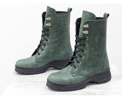 Ботинки берцы на шнуровке из натуральной матовой коже зеленого цвета на шнуровке на утолщенной подошве черного цвета, Коллекция Осень-Зима, Б-19113-03