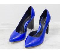 Эксклюзивные туфли из натуральной кожи невероятно красивого синего цвета с блеском, на устойчивом глянцевом каблуке , Лимитированная серия, Т-1701/1-06