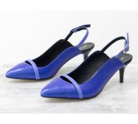 Эксклюзивные туфли с открытой пяткой из натуральной кожи ярко-синего цвета с незабудковой кожаной лентой на носике, на невысокой шпильке, Лимитированная серия, С-1907-04