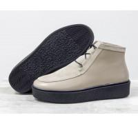 Стильные женские ботинки из натуральной кожи и замши песочного цвета на шнуровке, в стиле Chukka Boots, на удобной прорезиненной подошве черного цвета, Б-17111-12