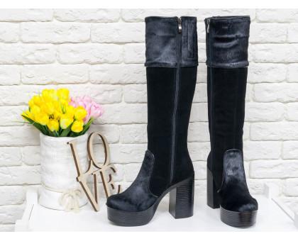 Эксклюзивные женские Высокие сапоги из натуральной  замши и меха пони черного цвета на молнии  на устойчивом каблуке, Коллекция Осень-Зима, М-16076-05 элит