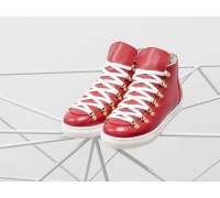 Спортивные ботинки ярко-красного цвета, из натуральной коже флотар, с большими металлическими подшнуровками, на прорезиненной белой подошве, Б-17406-09