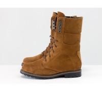 Яркие ботинки из натуральной замши шикарного рыжего цвета, на шнурке и на утолщенной подошве черного цвета с кантом, Коллекция Осень-Зима, Б-44-09