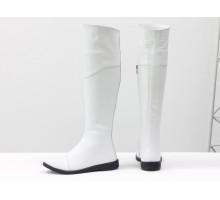 Шикарные белые ботфорты из натуральной кожи с текстурой питон, на практичной подошве, Коллекция Осень-Зима от Gino Figini, М-111-32