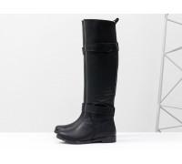 Ботфорты свободного одевания в черной коже на низком ходу,  коллекция осень-зима, М-16079-01