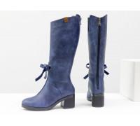 Стильные синие сапоги для женщин из матовой натуральной кожи с рыжими вставками на удобном не высоком каблуке черного цвета,  ТМ Gino Figini М-17500-01