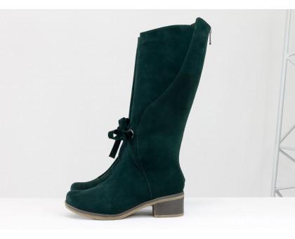 Стильные женские сапоги из натуральной замши зеленого цвета, на удобном невысоком каблуке и нескользкой подошве,  ТМ Gino Figini М-17500-12