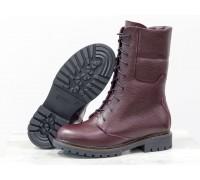 Ботинки из натуральной кожи флотар бордового цвета, на шнурке и на утолщенной подошве черного цвета с ярким кантом, Коллекция Осень-Зима, Б-44-07