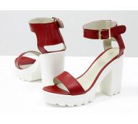 Кожаные босоножки красного цвета на тракторной подошве и высоком каблуке белого цвета, коллекция Весна-Лето от Gino Figini, С-503-10