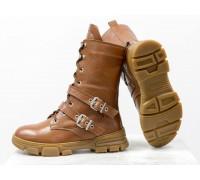 Яркие кожаные ботинки рыжего цвета на шнуровке и с кожаными ремешками, с необычным высоким язычком, Новая коллекция от Gino Figini Б-19130-01