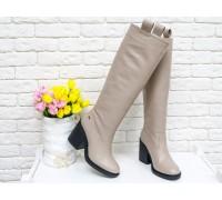 Высокие Сапоги свободного одевания из натуральной кожи бежевого цвета - нюд, на не высоком и устойчивом каблуке, М-17356