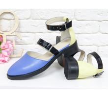 Красивые женские Туфли из натуральной кожи нежного сочетания желтого и голубого цвета, на застежках - черных лаковых ремешках, на невысоком каблуке, Д-23-11