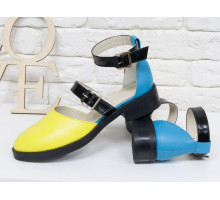 Красивые женские Туфли из натуральной кожи яркого сочетания желтого и голубого цвета, на застежках - черных лаковых ремешках, на невысоком каблуке, Д-23-13
