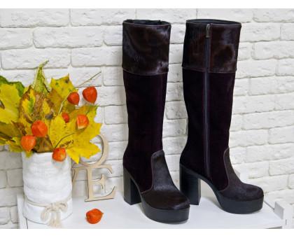 Эксклюзивные женские Высокие сапоги из натуральной  замши и меха пони темно-бордового цвета на молнии  на устойчивом каблуке, Коллекция Осень-Зима, М-16076-04-элит