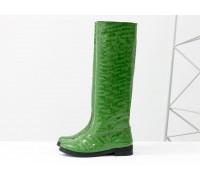 Эксклюзивные высокие женские сапоги свободного одевания из оригинальной кожи зеленого цвета с крупными каплями лака, на низком ходу, Лимитированная серия от Gino Figini, М-17352-02