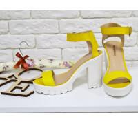 Босоножки из натуральной кожи желтого цвета на тракторной подошве коллекция  Весна-Лето, С-503-03