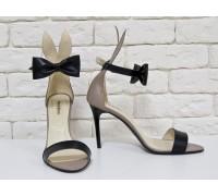 Босоножки Bunny из натуральной бежевой кожи с черным бантиком, ушками, на каблуке-шпилька, коллекция Весна-Лето 2017, С-706