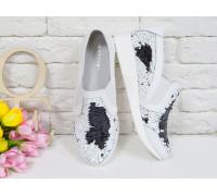 Блестящие Кеды из натуральной кожи белого цвета в комбинации с двухсторонними пайетками  черного-белого цвета на белой подошве,  Т-17055