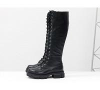 Высокие сапоги на шнуровке из натуральной черной кожи с текстурой зерно, на тракторной зимней подошве, Коллекция Осень-Зима, М-2090-03