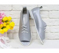 Невероятно легкие туфли с открытым носиком из натуральной кожи флотар серого с перламутром цвета, на бело-серой эластичной подошве, Т-17415-04