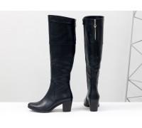 Ботфорты женские из натуральной кожи темно-синего цвета на устойчивом не высоком каблуке, М-123-10