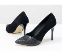 Туфли на каблуке из натуральной замши и текстурированной кожи черного цвета, коллекция Весна-Лето от Джино Фиджини, Т-1701-04