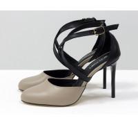 Туфли с ремешками крест на крест из натуральной кожи черного и бежевого цвета, на каблуке - шпилька, коллекция Весна-Лето от Gino Figini, С-17043/2-03
