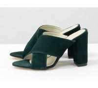 Шлепанцы на утолщенном обтяжном каблуке из натуральной замши насыщенного зеленого цвета, С-17048-04