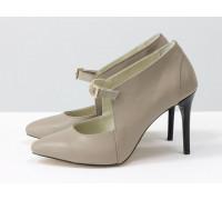 Туфли на каблуке шпильке из натуральной кожи бежевого цвета с ремешком и ярким камнем, Новая коллекция от Джино Фиджини С-1706-05