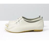 Невероятно легкие туфли с открытым носиком из натуральной кожи молочного мерцающего цвета на светлой эластичной подошве, Т-17415-07