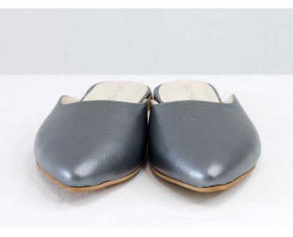 Бабуши из натуральной кожи флотар темно-серого цвета с перламутровым переливом, на низком ходу, Летняя коллекция от Джино Фиджини, Т-17428-25