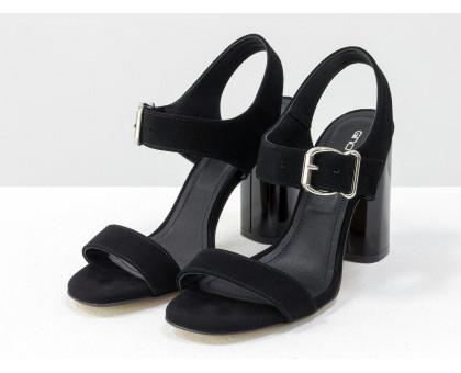 Универсальные женские босоножки на каблуке, из итальянской замши-велюр черного цвета, на устойчивом невысоком глянцевом каблуке. Новая коллекция от Gino Figini, С-1951-06