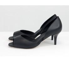Летние туфли с открытым носиком, на невысокой шпильке из натуральной итальянской кожи черного цвета, коллекция Весна-Лето от Джино Фиджини, С-1956-09