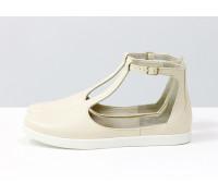 Удобные и легкие летние туфли в спортивном стиле из натуральной кожи флотар молочного цвета с застежкой на щиколотке на яркой белой подошве, Новая коллекция от Gino Figini, С-2014-05