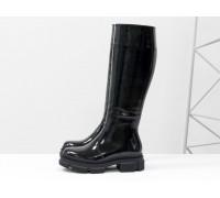 Высокие сапоги в стиле wellington из натуральной лаковой черной кожи на тракторной зимней подошве, Коллекция Осень-Зима, М-2064-02