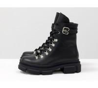 Стильные черные берцы на шнуровке и на высокой тракторной подошве, новая зимняя коллекция от Джино Фиджини, Б-2065-02