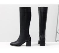 Классические черные сапоги из натуральной итальянской кожи, на невысоком обтяжном каблуке квадратной формы, Новая коллекция от Gino Figini, М-2070-01