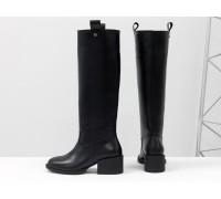 Высокие сапоги свободного одевания (Ридинги, riding boots) из натуральной плотной кожи черного цвета, на невысоком каблуке,  Коллекция Осень-Зима от Gino Figini, М-2082-01